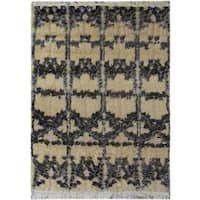 Arshs Moroccan Arya Delmer Ivory/Black Wool Rug (4'1 x 5'9) - 4 ft. 1 in. x 5 ft. 9 in.