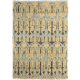 Moroccan Arya Lenny Gold/Gold Wool Rug (5'4 x 6'8)