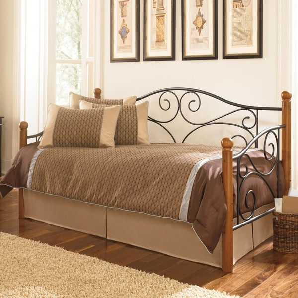 Shop Fashion Bed Group Doral Daybed W Link Spring And Pop