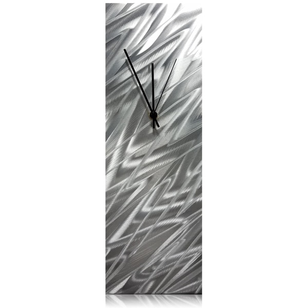 Helena Martin 'Silver Zig Zag Desk Clock' 6in x 18in x 6in Modern Table Clock on Natural Aluminum