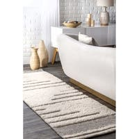 nuLOOM Moroccan Abstract Wool/Cotton Stripe Ivory Shag Runner Rug - 2'6 x 8'