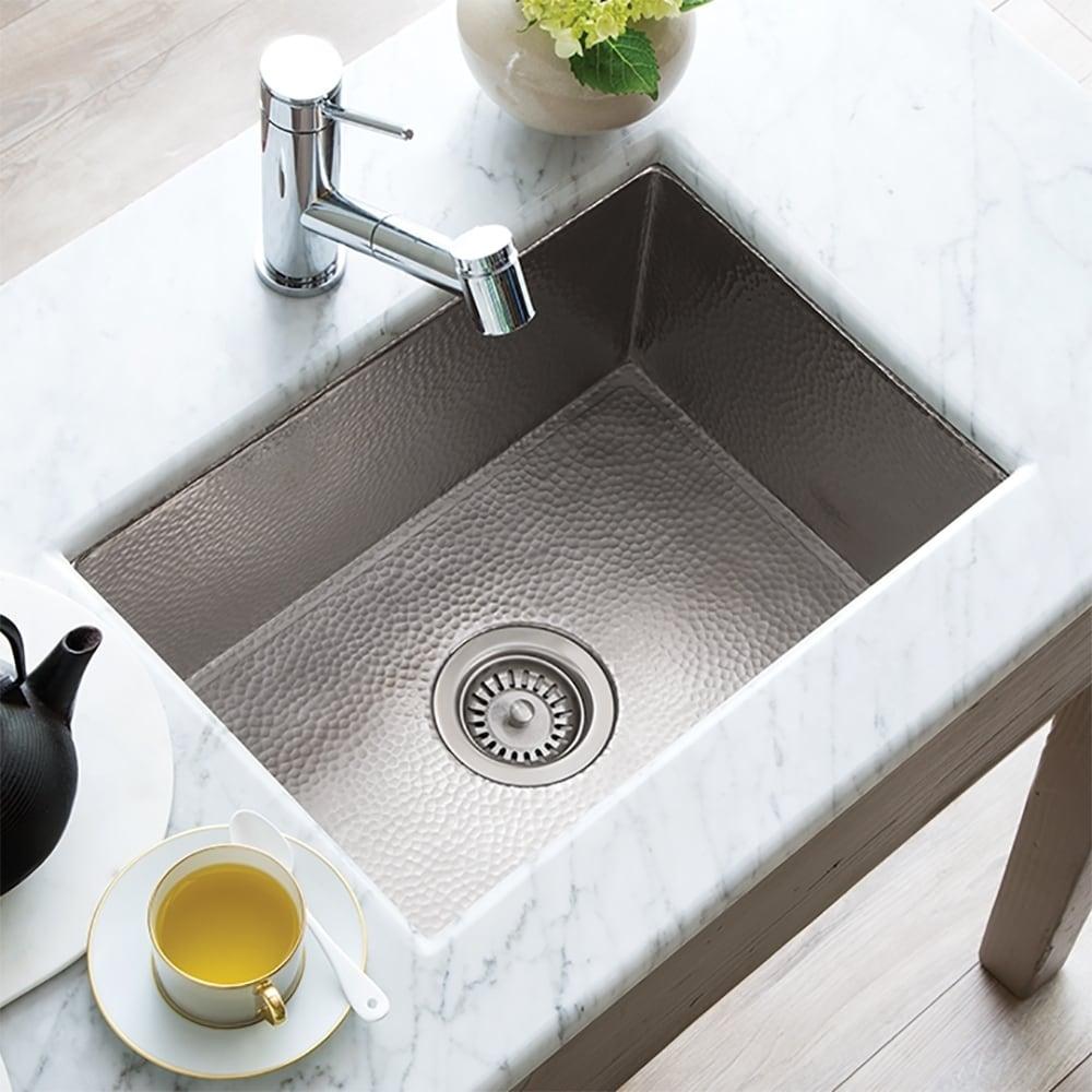 Cocina Hand Hammered Brushed Nickel 21-inch Undermount Kitchen Sink - 21.5\