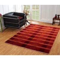 Lounge Red Indoor Area Rug - 4' x 6'