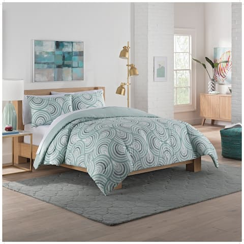 Vue Frenchy 3-Piece Reversible Comforter Set