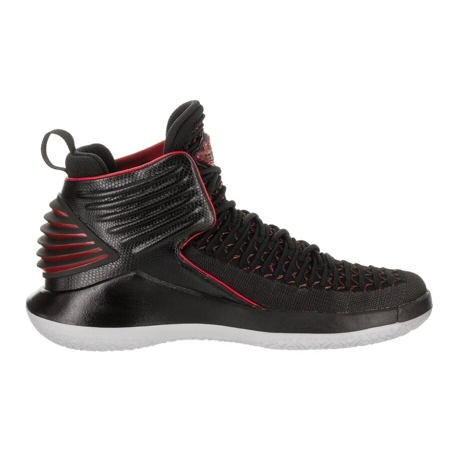 newest 93dea f68ba Nike Jordan Kids Jordan XXXII BG Basketball Shoe
