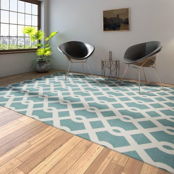 Porch & Den Greenpoint Calyer Blue/ Ivory Poolside Indoor/ Outdoor Area Rug - 7'9 x 10'10