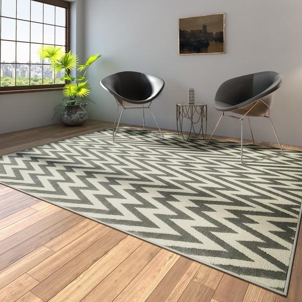 Porch & Den Somerville Talbot White and Grey Plush Indoor Area Rug - 7'9 x 9'5