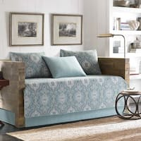 Tommy Bahama Turtle Cove Daybed Set