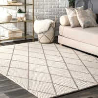 nuLoom Handmade Diamond Trellis Ivory Wool Cotton Shag Rug (4' x 6')