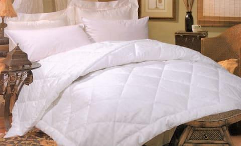 Silk-filled Damask Stripe 260 Thread Count Comforter