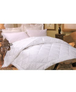 Silk-filled Damask Stripe 260 Thread Count Comforter - Thumbnail 0