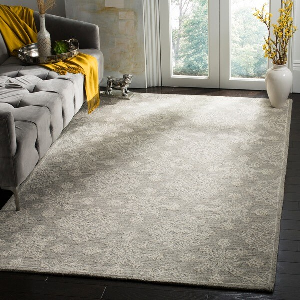 Safavieh Handmade Blossom Light Beige Wool Rug (6' Square)