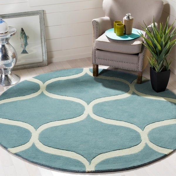 Safavieh Handmade Cambridge Light Blue/ Ivory Wool Rug - 6' x 6' Round