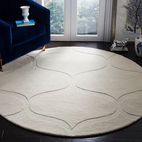 Safavieh Handmade Cambridge Ivory/ Ivory Wool Rug - 6' Round