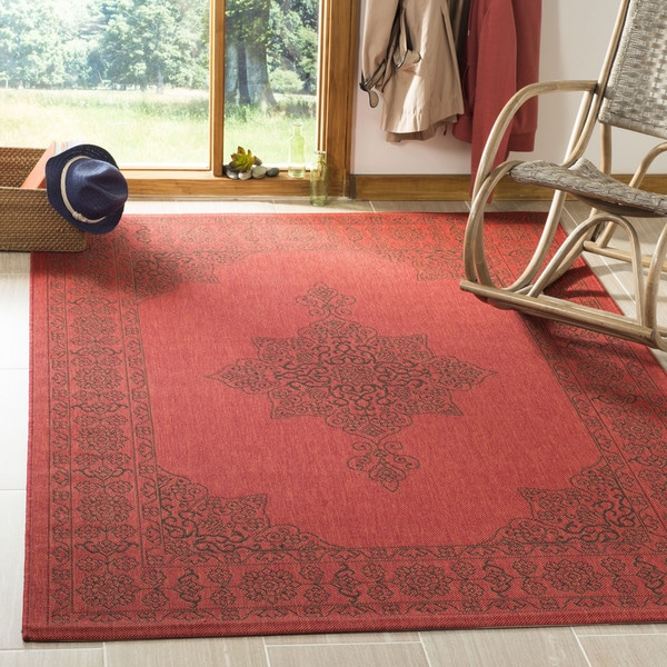 "Safavieh Courtyard Red/ Chocolate Rug - 6'7"" x 6'7"" square"