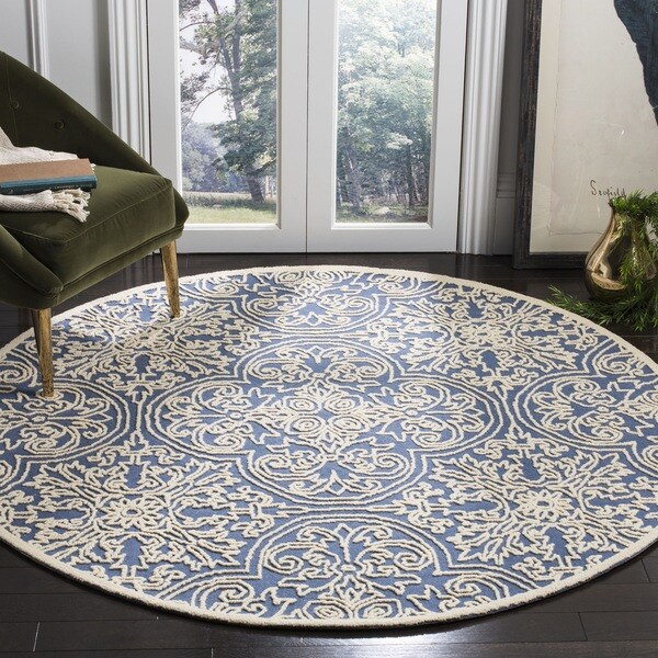 Safavieh Handmade Trace Blue/ Ivory Wool Rug (6' Round)