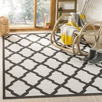 "Safavieh Linden Light Grey/ Charcoal Rug - 6'7"" x 6'7"" square"