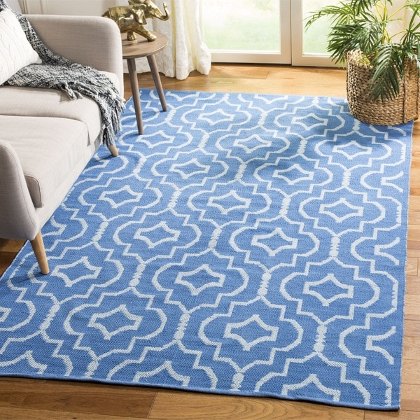 Safavieh Hand-Woven Montauk Blue/ Ivory Cotton Rug (6' Square)
