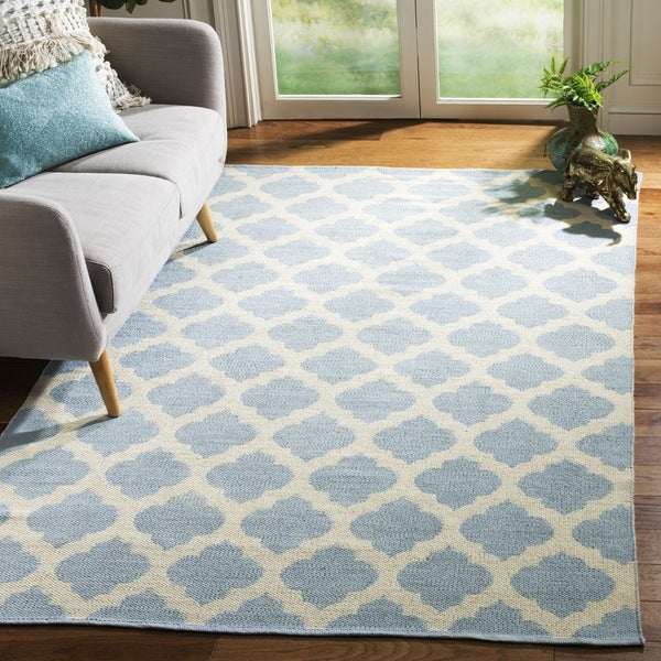 Safavieh Hand-Woven Montauk Light Blue/ Ivory Cotton Rug (6' Square)