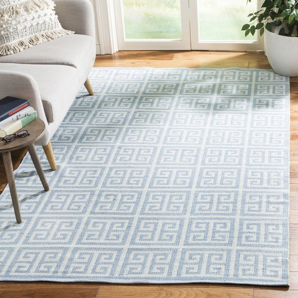 Safavieh Hand-Woven Montauk Light Blue/ Ivory Cotton Rug - 6' Square