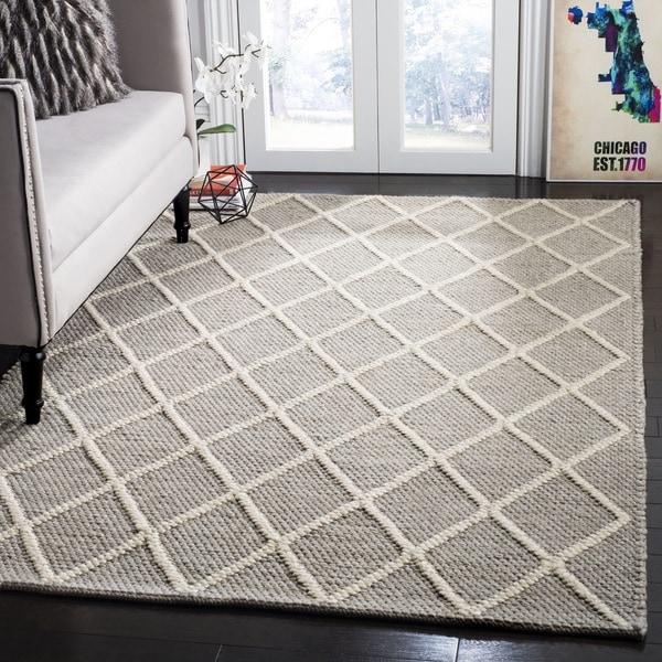 Safavieh Hand-Woven Natura Grey Wool Rug - 6' Square