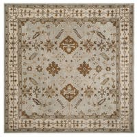Safavieh Handmade Royalty Light Grey/ Cream Wool Rug - 7' Square