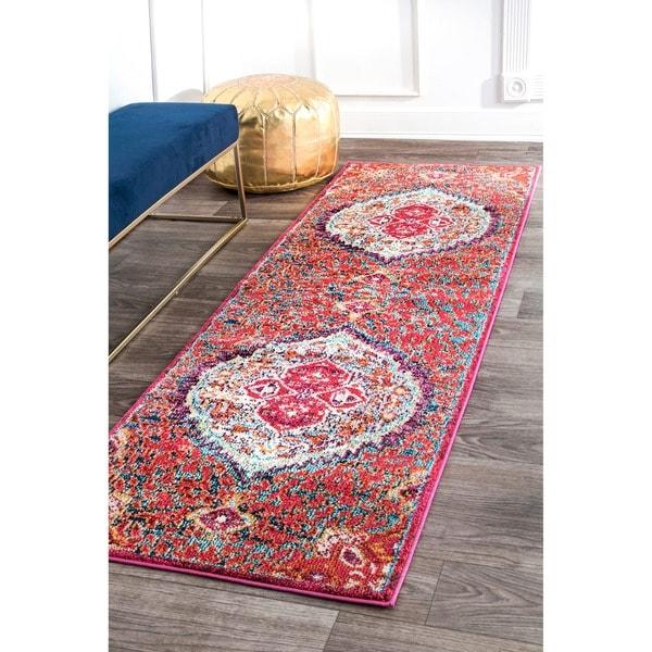 nuLOOM Traditional Oriental Inspired Floral Heart Medallion Red Runner Rug