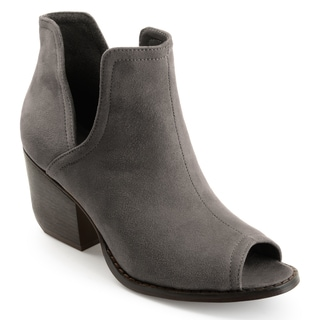 Journee Collection Women's 'Jordyn' Peep-toe Side-slit Ankle Booties