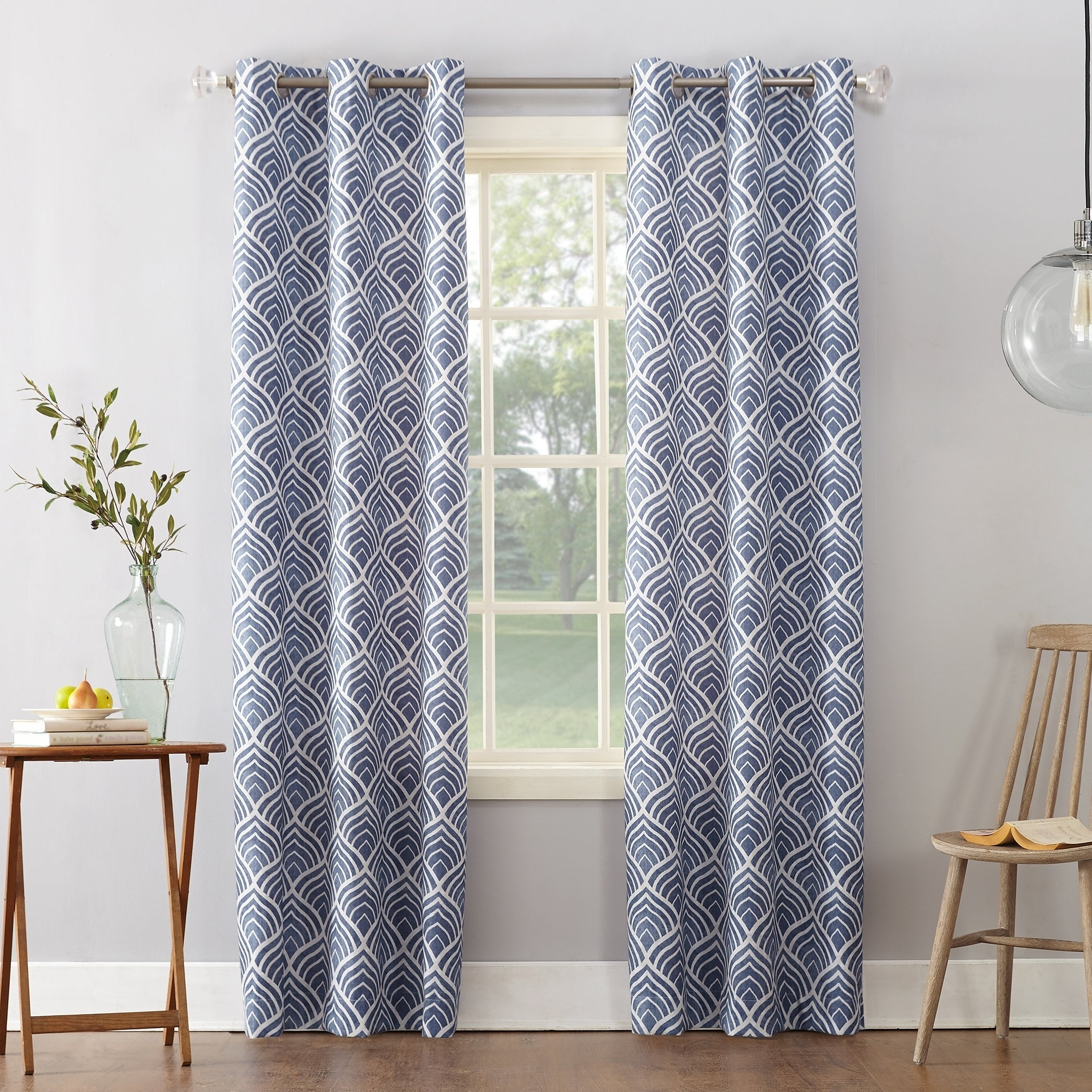 Sun Zero Clarke Geometric Print Textured Thermal Insulated Grommet Curtain  Panel (2 Options Available)