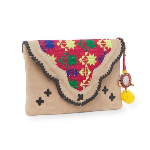 Handmade Jaipur Haveli Embroidered Beige Suede Clutch Bag (India)