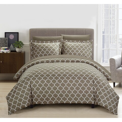 Chic Home Finlay 9 Piece Reversible Diamond Fretwork Print Duvet Cover and Sheet Set