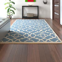 Porch & Den Greenpoint Eckford Lattice Azure Area Rug (5'3 x 7'5)