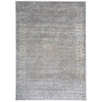 Traditional Distressed High-Low Texture Gray Area Rug (5' x 7')