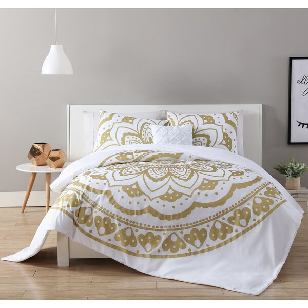VCNY Home Karma 4-piece Comforter Set