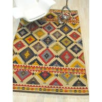 Handwoven Wool Ivory Traditional Geometric Kilim Rug - 8' x 10'