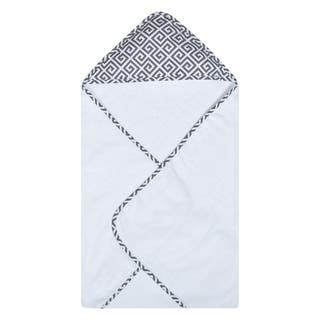 Trend Lab Gray Greek Key Deluxe Hooded Towel|https://ak1.ostkcdn.com/images/products/18544151/P24649962.jpg?impolicy=medium