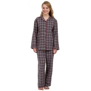 Leisureland Women's Grey Plaid Pajama Set