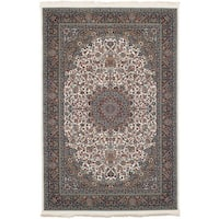 eCarpetGallery Persian Collection Kashan Ivory Power-loomed Area Rug - 6'7 x 9'10