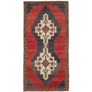 eCarpetGallery Hand-Knotted Konya Anatolian Red Wool Rug (5'3 x 10'7)