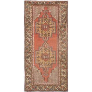 eCarpetGallery Hand-Knotted Anadol Vintage Brown Wool Rug (4'1 x 8'7)