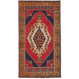 eCarpetGallery Hand-Knotted Anatolian Vintage Red Wool Rug (3'9 x 7'4)