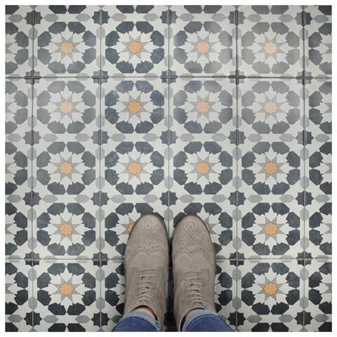 SomerTile 5.875x15.75-inch Margot Sun Ceramic Floor and Wall Tile (16 tiles/10.89 sqft.)