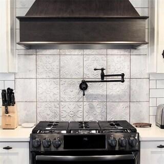 SomerTile 7.875x7.875-inch Aeon White Ornato Ceramic Wall Tile (21 tiles/9.63 sqft.)