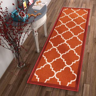Well Woven Modern Bold Lattice Non-Skid Backing Runner Rug - 2' x 7'