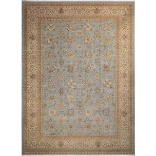 Istanbul Lester Lt. Blue/Tan Wool Rug (10'3 x 14'0) - 10 ft. 3 in. x 14 ft. 0 in.