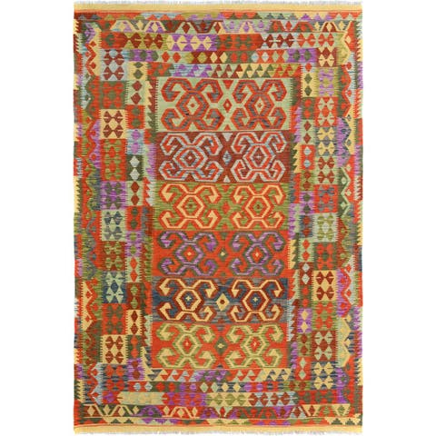 Kilim Arya Nathania Red/Green Wool Rug (6'6 x 9'8) - 6 ft. 6 in. x 9 ft. 8 in. - 6 ft. 6 in. x 9 ft. 8 in.