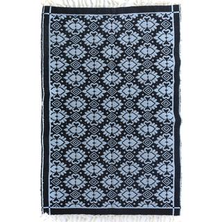 Arshs Double-sided Arya Mauricio Black/Blue Chenille Rug (3'9 x 5'10)