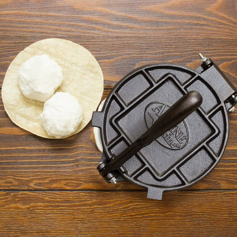 Imperial Home 8-Inch Cast Iron Tortilla Press/Roti Press Kit