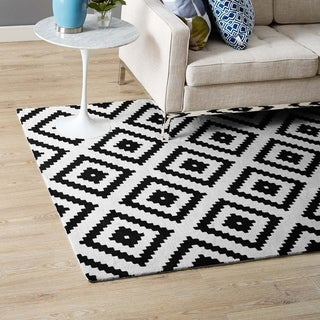 Alika Abstract Diamond Trellis 5x8 Area Rug - 5'x 8'