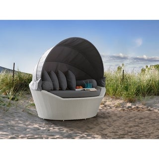 Beliani White Outdoor Wicker Patio Daybed